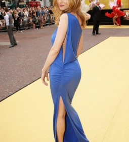 heathergraham nipples redcarpet 04